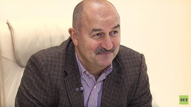 """Seleccionador ruso de fútbol: """"El equipo está mostrando su carácter"""""""