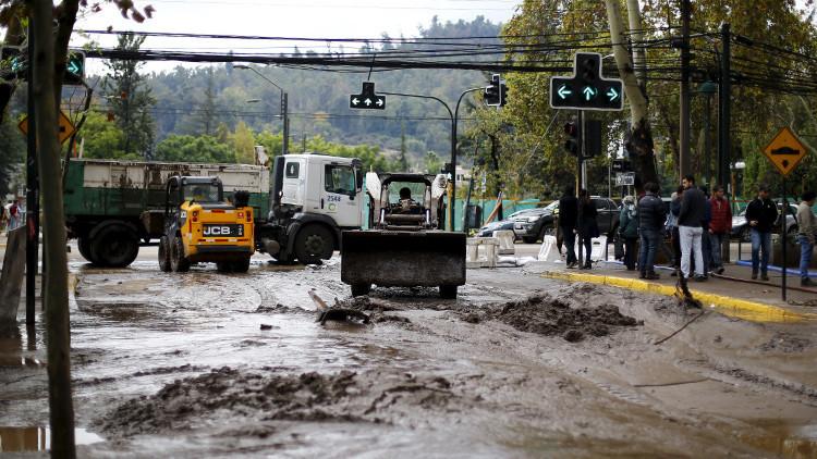 Chile: Ordenan una evacuación inmediata en Chañaral por fuertes lluvias (VIDEO)
