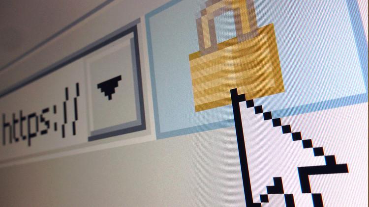 Un programador británico detiene por casualidad el ciberataque del virus WannaCry