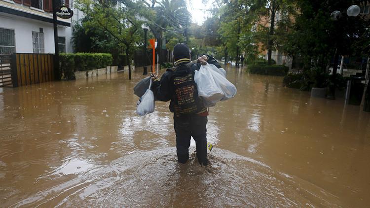 VIDEOS: Emergencia en Chile por desborde de varios ríos y quebradas tras lluvias torrenciales