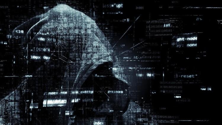 Esto es lo que tienes que hacer ahora mismo para escapar de las garras de los 'hackers'