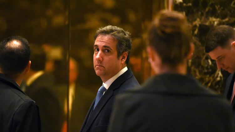 El abogado de Trump escandaliza a la Red al compartir una foto erótica de su hija