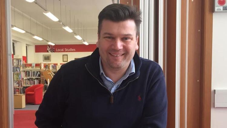 Escandalosa respuesta: Candidato conservador británico insulta a una estudiante escocesa