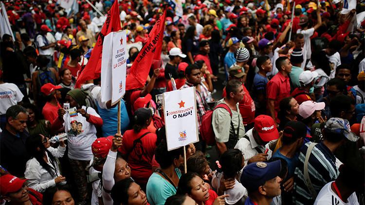 """""""No tengan paz jamás"""": Oposición venezolana emprende campaña de persecución al chavismo"""