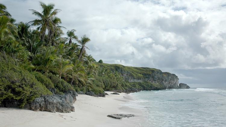 Así es la isla paradisíaca del Pacífico que se ha convertido en un auténtico vertedero de plástico