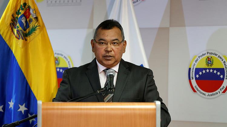 """""""Son actos terroristas"""": Ministro venezolano confirma tres muertes tras violencia opositora"""