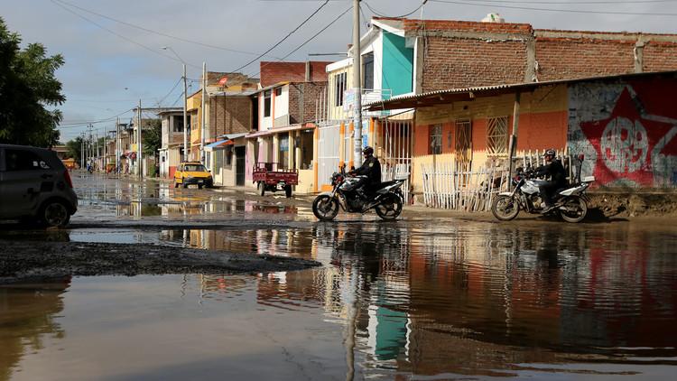 Perú enfrenta un brote mortal de dengue