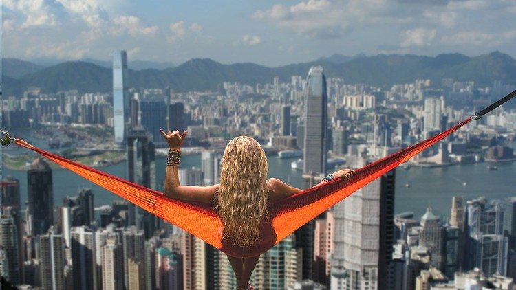 Subastan en Hong Kong la finca más cara del mundo (nunca podrá adivinar su precio)
