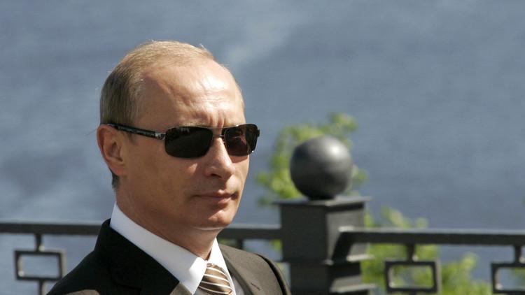 """A lo Matrix: """"Putin ofrece la píldora roja pero Washington prefiere la azul"""""""