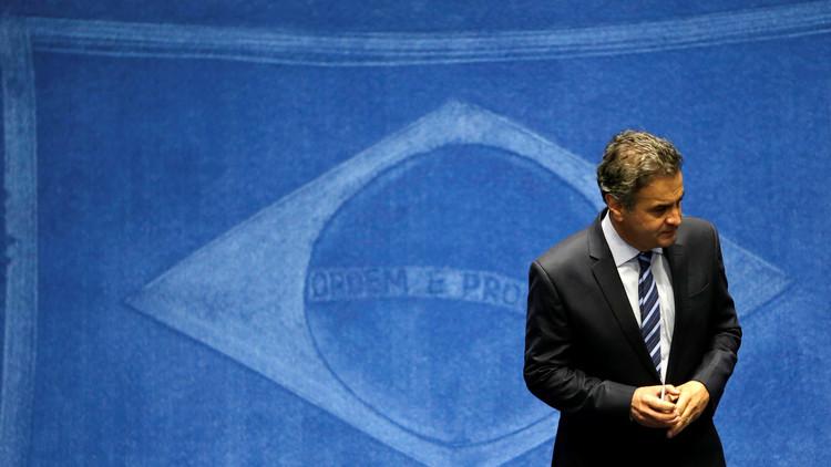 El senador brasileño Aecio Neves fue suspendido de su banca por el Tribunal Supremo
