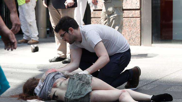 FUERTES IMÁGENES: Atropello de una multitud en Times Square de Nueva York