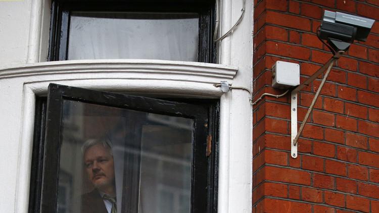 Abogado de Assange solicita a Francia intermediar en la situación del fundador de Wikileaks