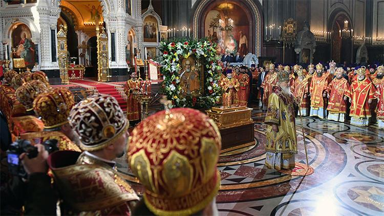 FOTOS, VIDEOS: Las reliquias de San Nicolás de Bari llegan a Moscú tras 930 años en Italia