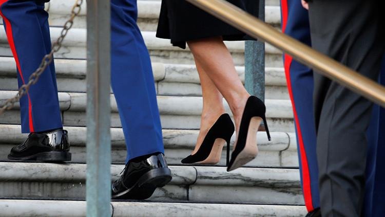 'Efecto Melania': Revela para qué se compró unos zapatos de tacón alto y la apartan de su misión