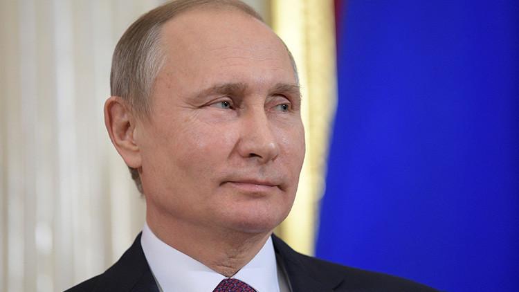 Putin se reunirá con Macron en París el 29 de mayo