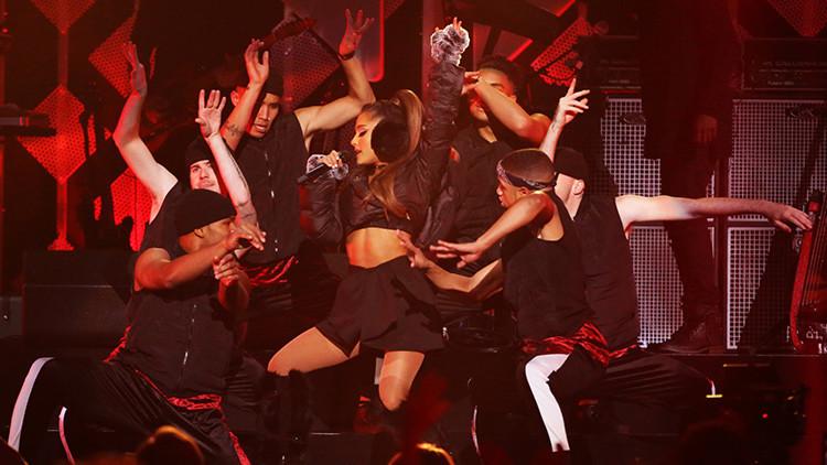 Ariana Grande se encuentra segura después de la explosión en el Manchester Arena