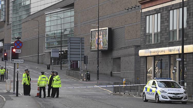 Policía: El ataque de Manchester fue perpetrado por un terrorista suicida