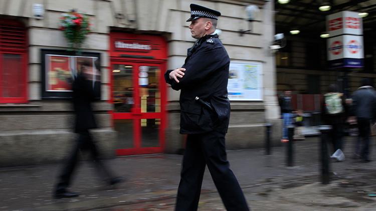 Evacuan la estación ferroviaria Victoria de Londres por un objeto sospechoso