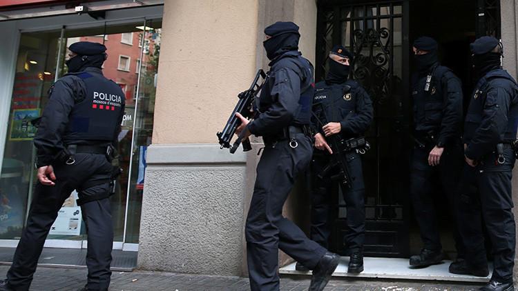 España: Detenidos dos hombres vinculados con EI preparados para convertirse en terroristas suicidas