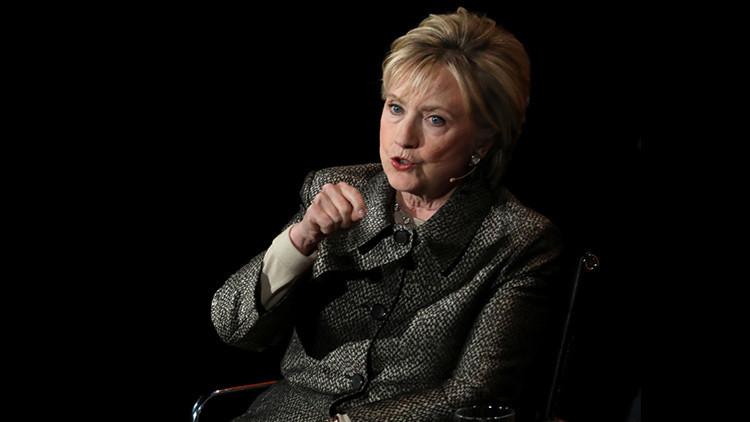 ¿Hitler o Hillary?: Atribuyen la autoría de 'Mein Kampf' a Hillary Clinton en la Wikipedia