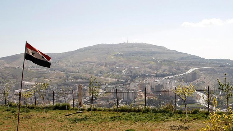 Ministerio de Defensa ruso: Sabemos dónde guardan los terroristas su arsenal químico en Siria