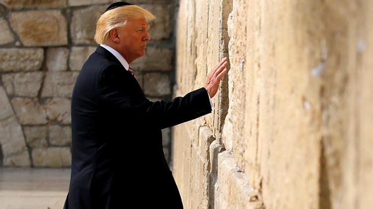 Estos son los momentos más curiosos de la primera gira internacional de Trump (videos)