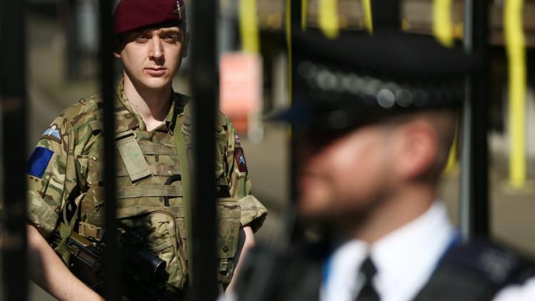 Reino Unido: Envían al Ejército al Gran Mánchester (VIDEO)