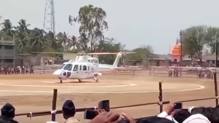 Videos: Se estrella un helicóptero con un importante político indio a bordo