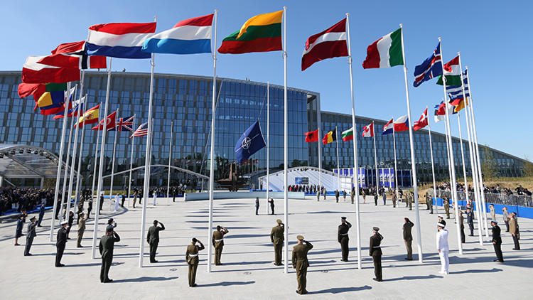 """Moscú insta a la OTAN a abandonar la confrontación con Rusia """"antes de que sea demasiado tarde"""""""