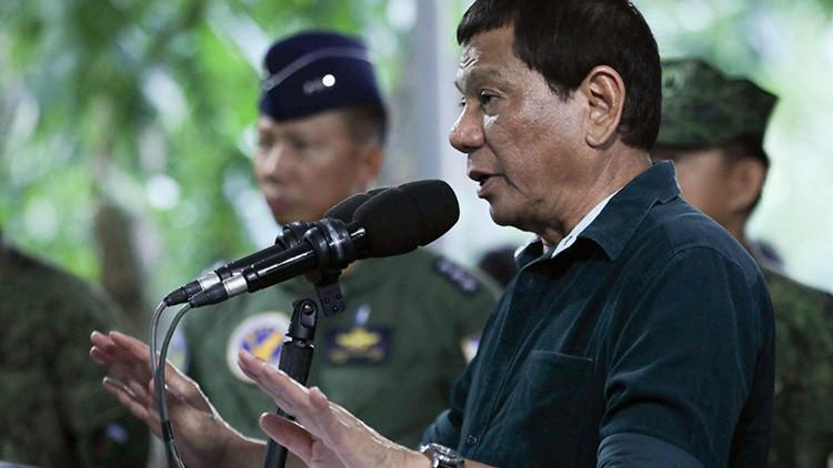 Duterte sostiene que sus militares pueden violar a mujeres como estímulo para eliminar el terrorismo