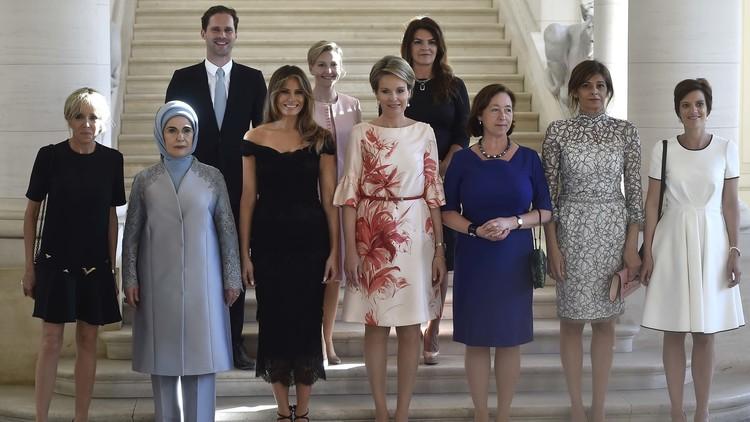 Así reaccionó la Casa Blanca a la foto de las primeras damas de la OTAN y el 'primer caballero' gay