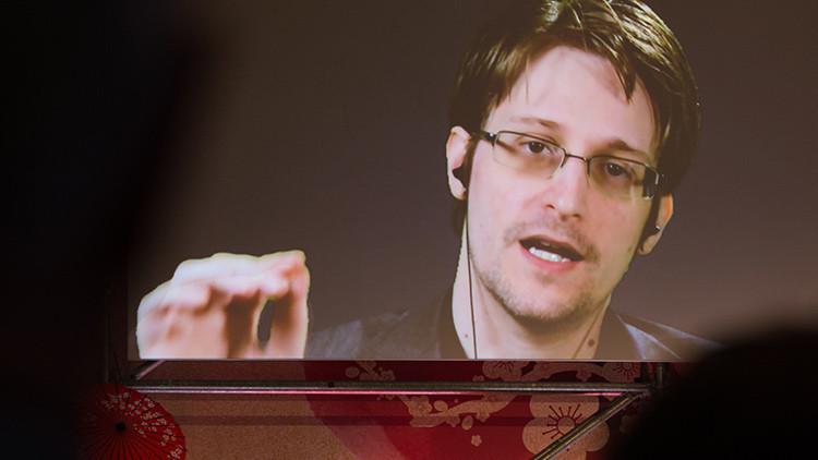 Snowden se pronuncia en Twitter tras discurso de Merkel y aprovecha para burlarse de la NSA
