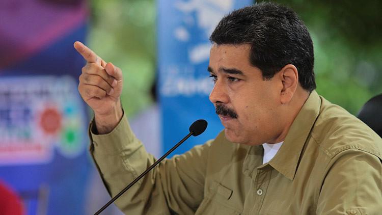 """Maduro llama a la oposición """"cómplice de la violencia criminal"""""""