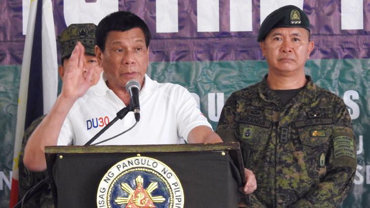 """""""No voy a escuchar a los demás"""": Duterte comenta la ley marcial en Mindanao"""