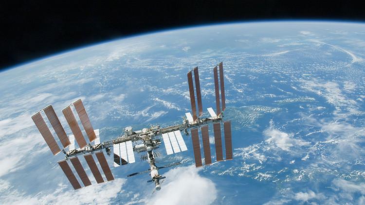 Encuentran una bacteria de origen desconocido en la Estación Espacial Internacional