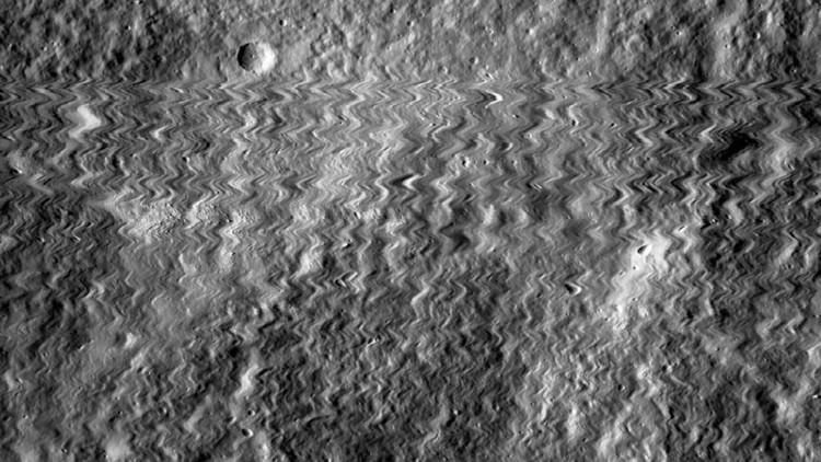 FOTOS: Una sonda lunar es alcanzada por un meteorito y produce alucinantes imágenes