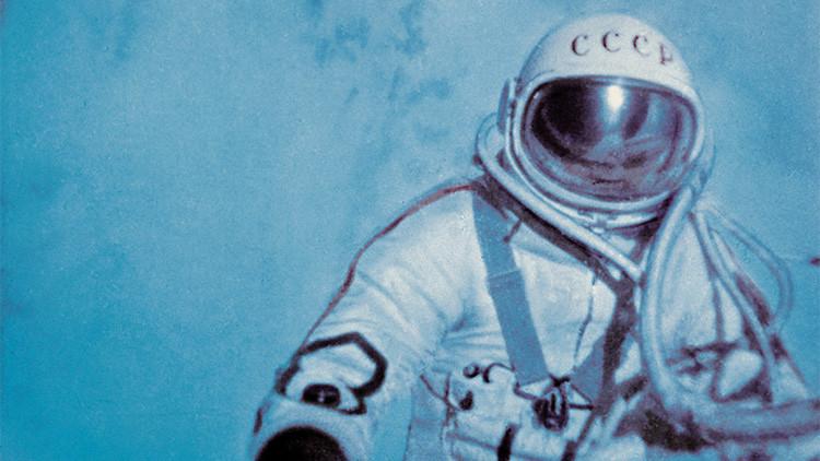 Cumple 83 años Alexéi Leónov, el cosmonauta que realizó la primera caminata espacial de la historia