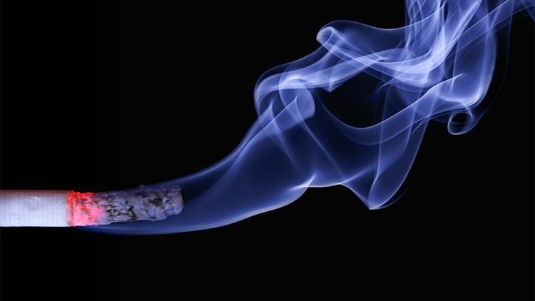 Revelan cuántas personas mueren debido al consumo de tabaco cada año