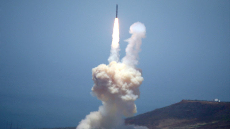 EE.UU.: El nuevo proyectil interceptor nos protegerá contra misiles intercontinentales hasta 2020
