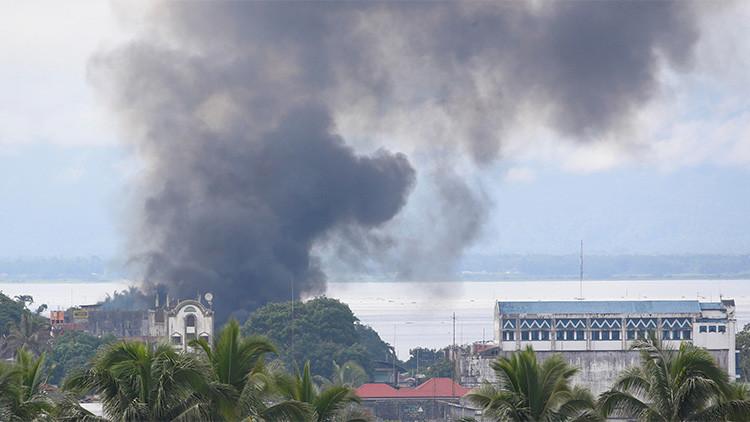 Combate contra grupo islamista en Filipinas ha dejado a 104 personas muertas