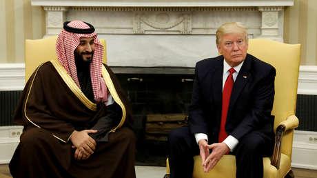 El presidente de EE.UU., Donald Trump, con el vice príncipe heredero saudita, Mohammed bin Salman, en Washington, EE.UU., el 14 de marzo de 2017