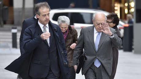 Jordi Pujol, expresidente de la Generalitat de Cataluña, y su mujer, Marta Ferrusola, llegando a la Audiencia Nacional. 10 de febrero de 2016.