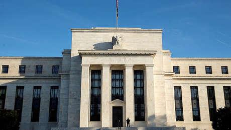 La fachada de la sede principal de la Reserva Federal