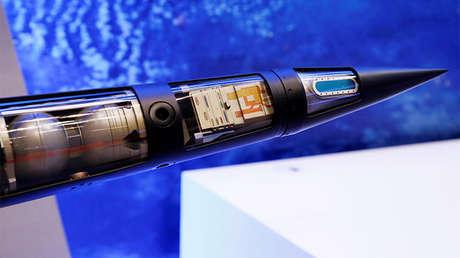 Modelo de un misil del sistema THAAD presentado en Tokio durante la Exposición Internacional Aeroespacial de Japón, el 12 de octubre de 2016.