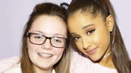 La joven fallecida Georgina Callander y la cantante Ariana Grande