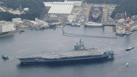 El portaviones estadounidense Ronald Reagan parte de la base japonesa de Yokosuka. 16 de mayo de 2017.