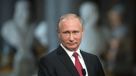 Vladímir Putin en la rueda de prensa conjunta con Emmanuel Macron en Versalles.