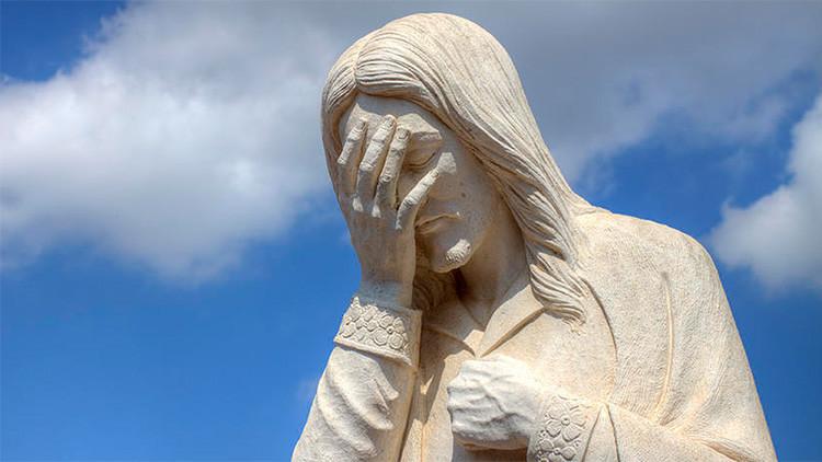 Publica una foto de Jesús con su cara y ahora le espera un juicio (FOTO)