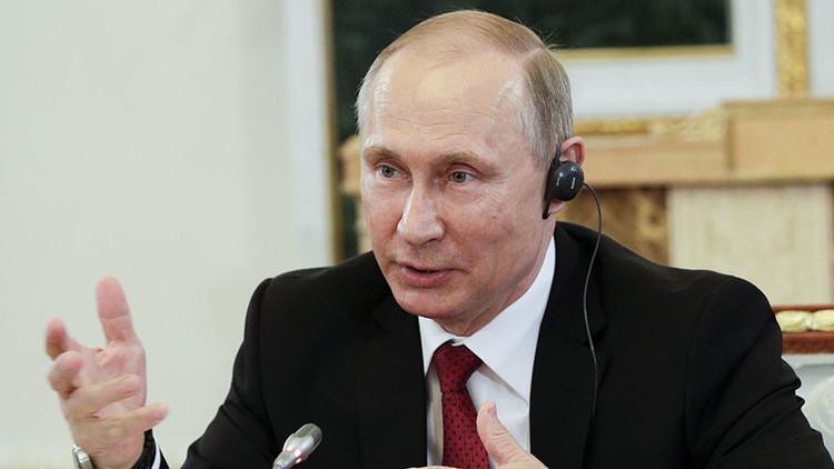 """Putin: """"Snowden no es un traidor, pero lo que hizo es incorrecto"""""""