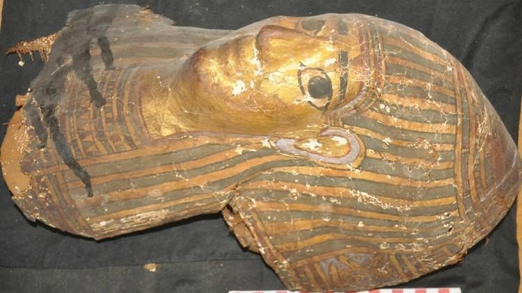 Egipto: Arqueólogos hallan 10 tumbas de 2.500 años de antigüedad (FOTOS)